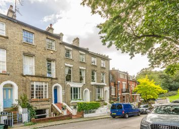 Thumbnail 2 bedroom flat for sale in Heath Villas, Hampstead