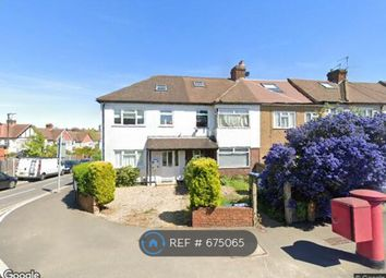 3 bed terraced house to rent in Garth Road, Morden SM4