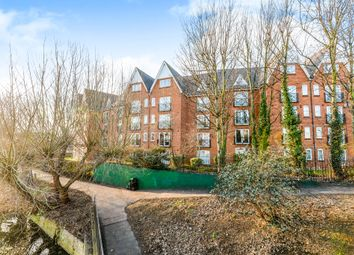 Thumbnail 3 bed flat for sale in Prebend Street, Bedford