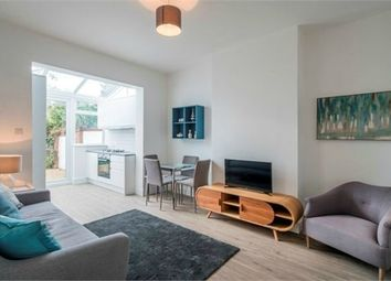 Thumbnail 2 bed flat for sale in Robson Avenue, London
