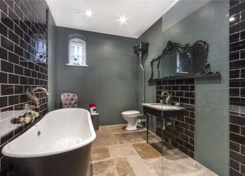 Thumbnail 5 bed flat to rent in New Court, Lutton Terrace, Hampstead, London