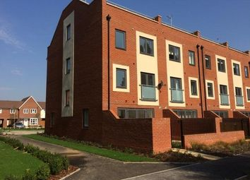 Thumbnail 5 bed property to rent in Provis Wharf, Aylesbury