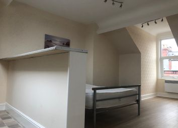 Thumbnail 1 bed flat to rent in Machon Bank, Sheffield