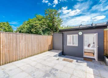 Thumbnail Room to rent in Greenland Mews, London