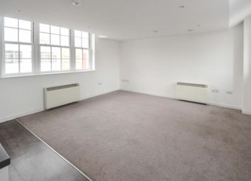 Thumbnail 3 bed flat to rent in Queens House, 44 Paragon Street, Hull