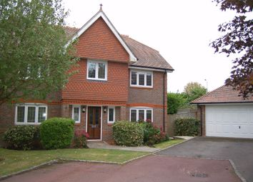Thumbnail 5 bed detached house to rent in Oxfordshire Place, Warfield, Bracknell