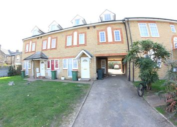 Thumbnail Room to rent in Elgar Close, London
