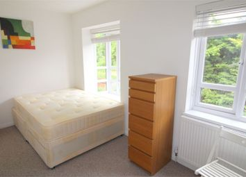 Thumbnail Room to rent in (House Share) Pattina Walk, Rotherhithe, London
