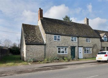 Thumbnail 2 bed cottage for sale in The Green, Cassington, Oxfordshire