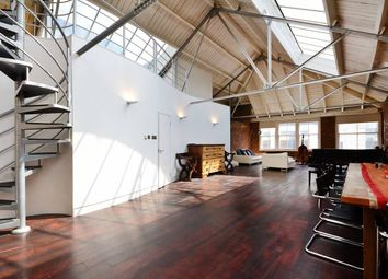 Thumbnail 1 bed flat for sale in Mallow Street, London