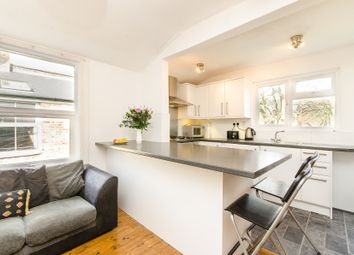 4 bed maisonette to rent in Fieldhouse Road, London SW12