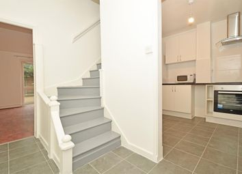 3 bed maisonette to rent in New North Road, London N1