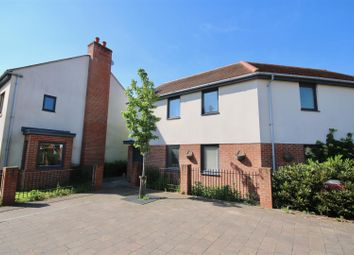 Thumbnail 2 bed flat to rent in Dibber Road, Waterlooville