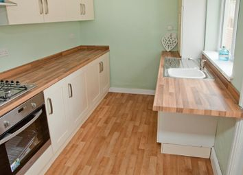 Thumbnail 3 bedroom shared accommodation to rent in Coulson Road, Lincoln