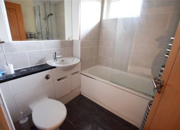 Thumbnail 1 bed flat to rent in Reading Road, Winnersh, Berkshire