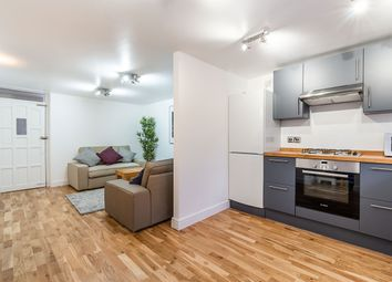 Thumbnail 6 bed town house to rent in Stradella Road, London