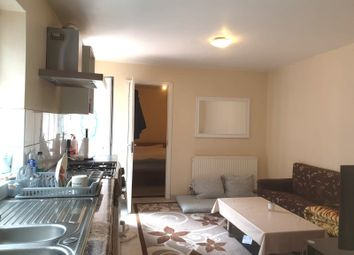 Thumbnail 1 bed flat to rent in Brookside Road, Hayes