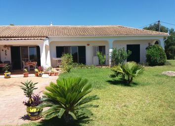 Thumbnail 4 bed villa for sale in Moncarapacho, Olhao, Algarve, Portugal