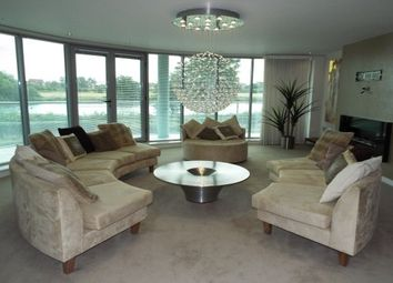 Thumbnail 3 bed flat to rent in River Crescent, Waterside Way