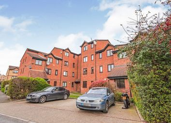 Burbage House, 1 Samuel Close, London SE14. 2 bed flat