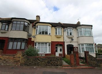 Thumbnail 2 bedroom flat for sale in 33A Portland Avenue, Southend-On-Sea, Essex