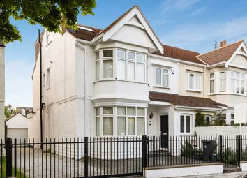 Thumbnail 5 bed property to rent in Netheravon Road, London