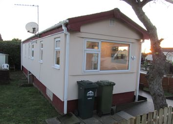 Thumbnail 2 bed mobile/park home for sale in Orchard Drive, Grange Farm Estate (Ref 5781), Shepperton, Surrey