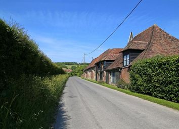 Thumbnail 3 bed cottage to rent in Canterbury Road, East Brabourne, Ashford
