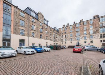 Thumbnail 1 bed flat to rent in Hermand Crescent, Slateford