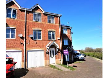 Thumbnail 3 bedroom town house for sale in Templewaters, Hull