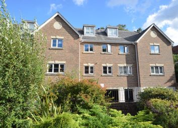 Kings Road, Haslemere GU27. 2 bed flat