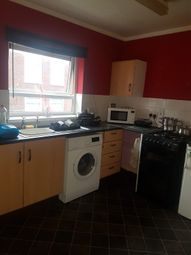 Thumbnail 1 bed flat to rent in Beaconsfield, Telford