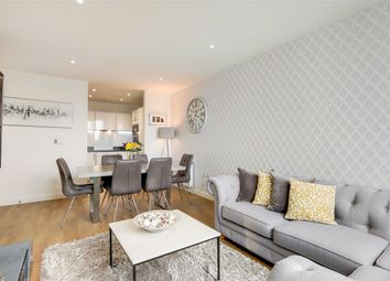 Highland Street, London E15. 2 bed flat for sale