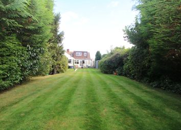 Thumbnail 3 bed property for sale in Willow Walk, Hockley