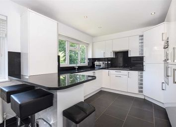 Thumbnail 3 bed flat to rent in The Avenue, Hatch End, Pinner