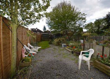 Thumbnail 2 bed cottage to rent in New Road, Croxley Green, Rickmansworth Hertfordshire