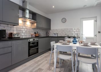 Thumbnail 6 bed shared accommodation to rent in Cambridge Street, Castleford