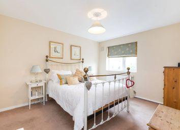 Thumbnail 3 bed maisonette for sale in Kings Road, Chelsea