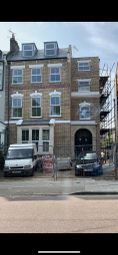 3 bed flat to rent in Flat, Badminton Court, Woodberry Grove, London N4