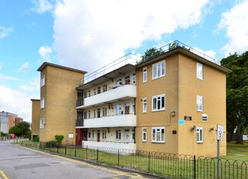 Thumbnail 2 bed flat to rent in Weir Road, Balham