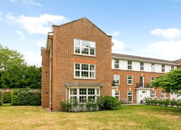 Swinnerton House, Phyllis Court Drive, Henley-On-Thames, Oxfordshire RG9. 3 bed flat