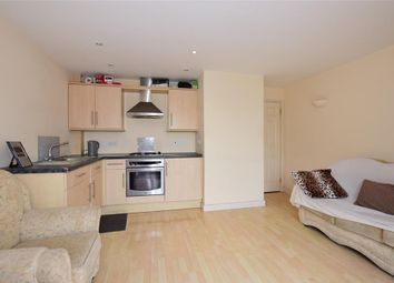 1 bed flat for sale in Beacon Road, Chatham, Kent ME5