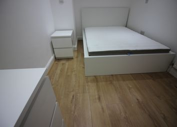 Thumbnail 1 bed flat to rent in Great North Way, Hendon London