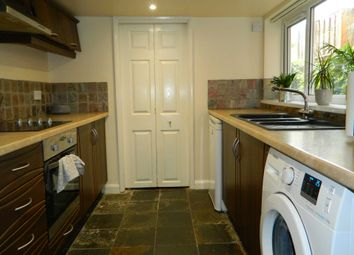 Thumbnail 1 bed flat to rent in One Bed Furnished Flat, Monks Road, Lincoln