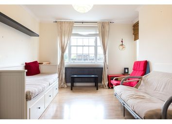 Thumbnail 3 bed flat to rent in Hazellville Road, Upper Holloway, London