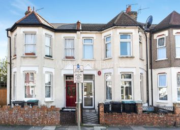 Thumbnail 1 bed flat for sale in Lakefield Road, London
