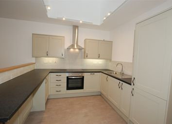 Thumbnail 2 bed flat to rent in High Street, West Wickham, Kent