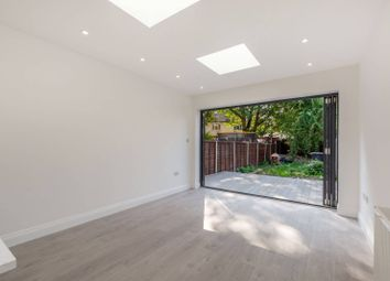 3 bed end terrace house to rent in Fawcett Road, Croydon CR0