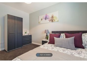 Thumbnail Room to rent in High Street North, Dunstable
