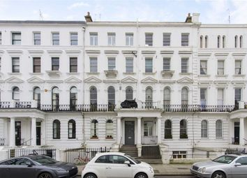 Thumbnail 1 bed flat to rent in Elgin Crescent, London